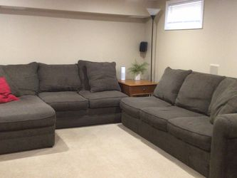 Large Sectional With Chaise and Sleeper Corner Not being Shown In pictures - Cash Only for Sale in Linden,  NJ