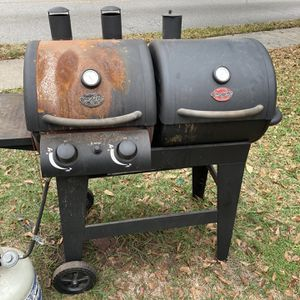 Char- Griller Grills & Smoker for Sale in Houston, TX