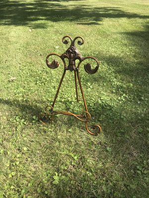 Picture stand for Sale in Pine River, MN