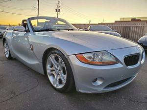 2003 BMW Z4 CLEAN CARFAX for Sale in Phoenix, AZ