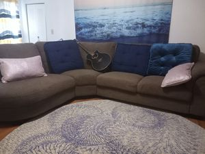 Taupe couch for Sale in Plantation, FL