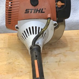 """STIHL HT131 Pole Saw NEW 14"""" Bar + Chain 7 Foot Fixed Length RUNS GREAT STARTS EASY NO ISSUES for Sale in Lakeland, FL"""