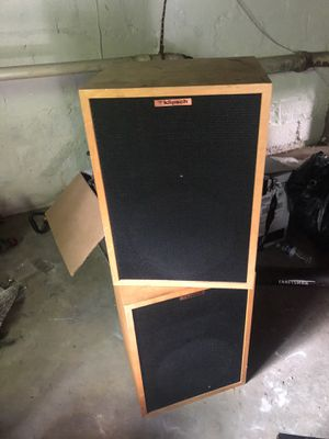 Klipsich heresy ii speakers perfect condition for Sale in College Park, MD