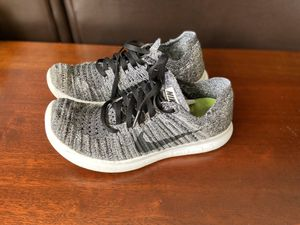 Nike Free RN Flyknit Athletic Running Shoes Women's Size 7 Sneakers 831070-100 for Sale in Morton Grove, IL