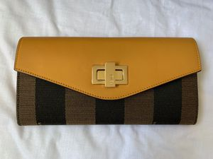 Fendi wallet for Sale in Las Vegas, NV