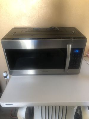 Over the range microwave for Sale in Palmdale, CA