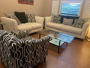 Living room furniture for Sale in Orlando, FL