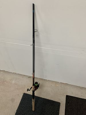 Eagle Claw / Black eagle fishing rod and reel for Sale in Fife, WA