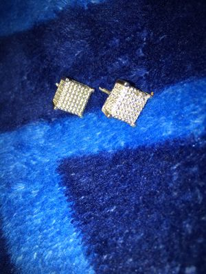 Diamond 💎 earrings for Sale in Hartford, CT