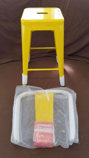 Flash Furniture 24'' Yellow Metal Indoor-Outdoor Counter Height Stool with Back NEW for Sale in Tarpon Springs, FL