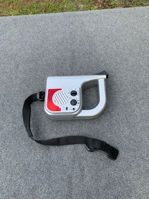 Pet Leash with built in flashlight-AM-FM radio. for Sale in Tampa, FL