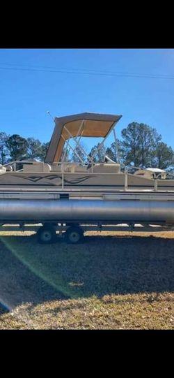 2008 Weeres Deluxe 240 Pontoon Boat for Sale in Denton,  GA
