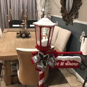 Lamp Post Snow Man for Sale in Orange, CA