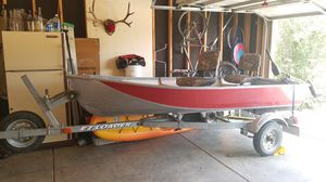 12' aluminum boat and trailer PRICE REDUCED TO 800$ for Sale in Wellington, CO