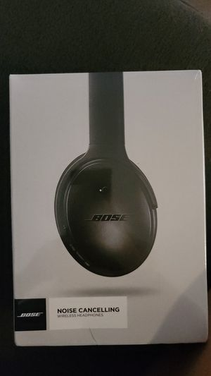 Bose noise noise canceling wireless headphones Brand New for Sale in Sacramento, CA