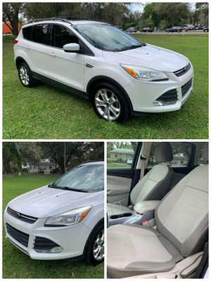 2013. Ford Escape ES 1.6 L I4🔸122,000 miles 🔸 5 Passengers🔸AWD Alloy Wheel ⭐ HABLAMOS ESPAÑOL ⭐ for Sale in Orlando, FL