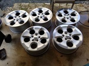 Jeep rims oem 18inch rims 5x5 bolt pattern for Sale in Sugar Land, TX