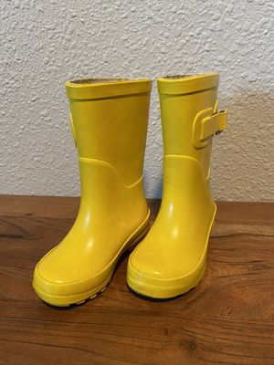 Toddler girls rain boots size 5/6 for Sale in Olalla, WA