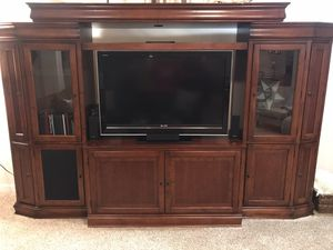Entertainment center for Sale in Sherwood, OR