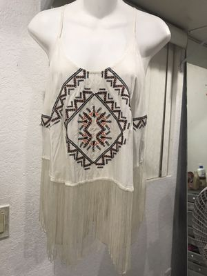 White Fringe top for Sale in Riverside, CA