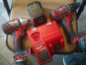 almost newM18 combo kit Half inch drill driver 1/4 impact driver/ charger m12 m18 for Sale in Tucson, AZ