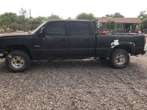 2004 Chevy 2500 HD part out for Sale in Fort McDowell, AZ