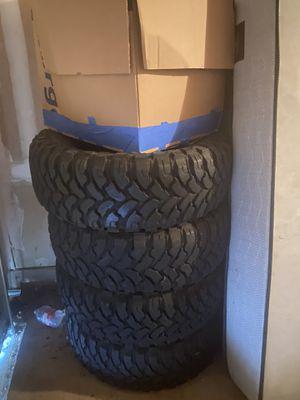 good tires 256/70/17 comforser mud tires for Sale in Pflugerville, TX