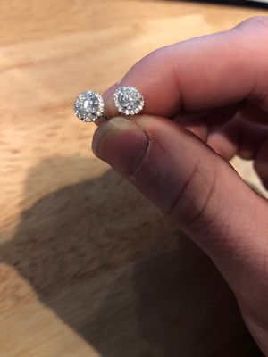 1 CT Stud Earrings 14k Natural Round Diamonds Matched Pair GIA Certified for Sale in New York, NY