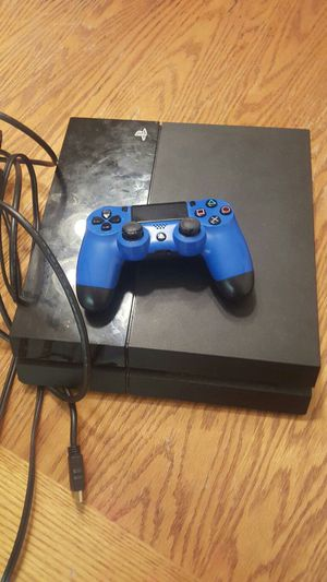 Ps4 1 terabyte with NBA 2k20 and extra controller for Sale in Buffalo, NY