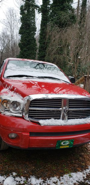 Dodge ram 1500 5.7 hemi 4x4 4 door for Sale in Gray, TN
