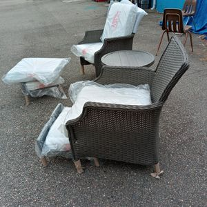 5 Piece Hampton Bay Chair Set for Sale in Crewe, VA