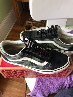 (Tie Dye)Multi/Black Vans for Sale in Syracuse, NY