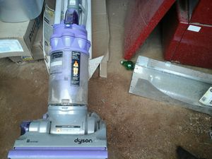 Dyson upright vacuum works well $65 for Sale in Hesperia, CA