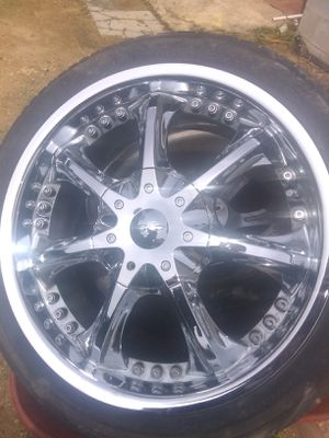 "Rims Bz0 18"" chrome 4 lug universal for Sale in Ragland, AL"