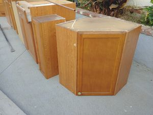 Kitchen cabinets for Sale in Montclair, CA