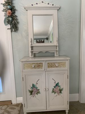 2 pc Entry Cabinet w/Mirror for Sale in Cape Coral, FL