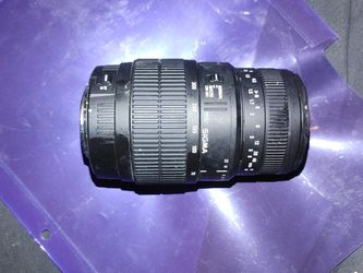Sigma 70-300mm Camera lens for Sale in Seattle,  WA