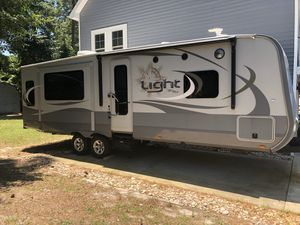 2017 Highland Ridge travel trailer for Sale in Chambersburg, PA