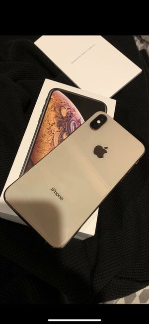 iPhone XS (sprint) for Sale in Gardena, CA