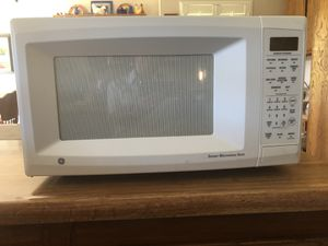 General Electric microwave for Sale in Lompoc, CA
