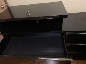 Gloss Black Dresser and nightstand for Sale in Dearborn Heights, MI
