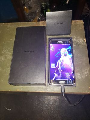 Samsung Galaxy S7 Edge Gold Edition for Sale in Minneapolis, MN