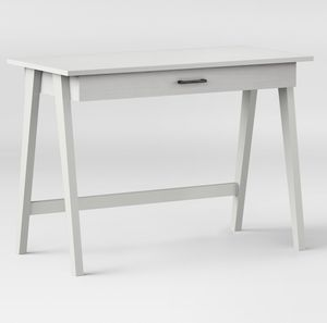 White Desk for Sale in MIDDLE CITY WEST, PA