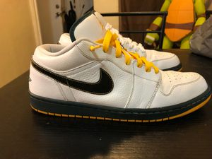 Nike air sb Jordan 1 low Phat Seattle for Sale in Banning, CA