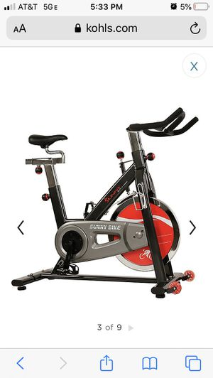 NEW!!! Sunny Health & Fitness Belt Drive Indoor Cycling Bike (SF-B1002) for Sale in Chicago, IL