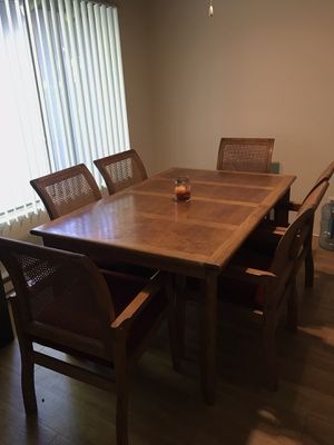 Dining Set w/6 chairs and 2 Extension Leaf! for Sale in Cupertino, CA
