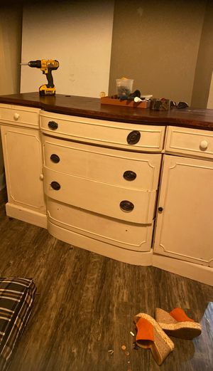 ANTIQUE BUFFET OR DRESSER for Sale in Los Angeles, CA