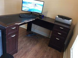 L shaped corner desk for Sale in Tampa, FL