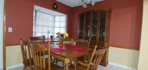 Dinning Room set or Breakfast table for Sale in Riverview, FL