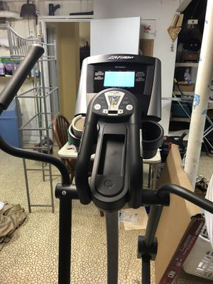 Life Fitness X3 elliptical trainer for Sale in LUTHVLE TIMON, MD